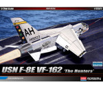 Academy 12521 - F-8E VF-162 THE HUNTERS