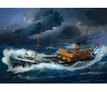 Revell 5204 - Northsea Fishing Trawler
